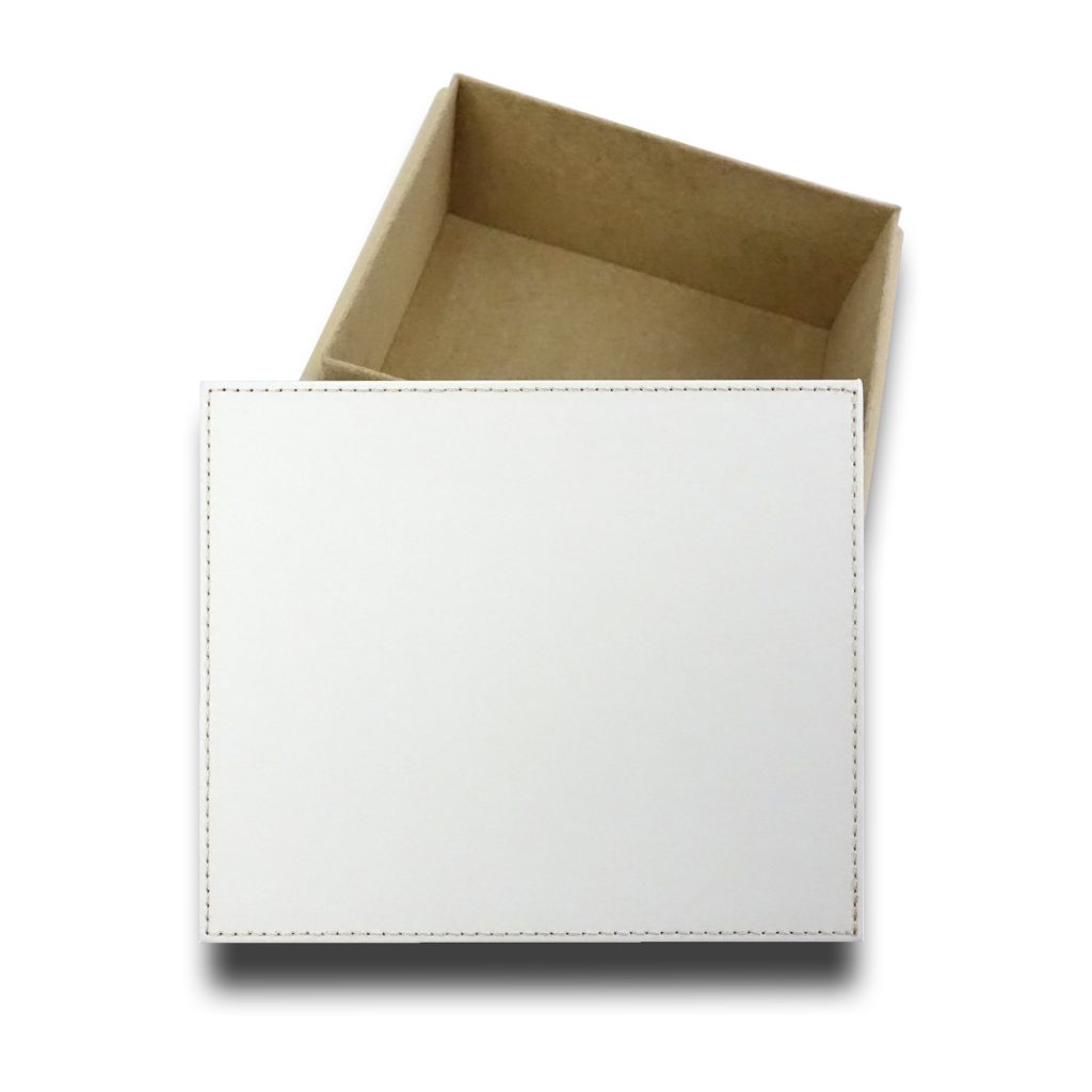 Our luxury feel faux leather Jewellery Box is a perfect gift for those precious keepsakes and look great in any room at home or in the office.